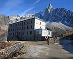 Hotel Montenvers and the Dru behind it....